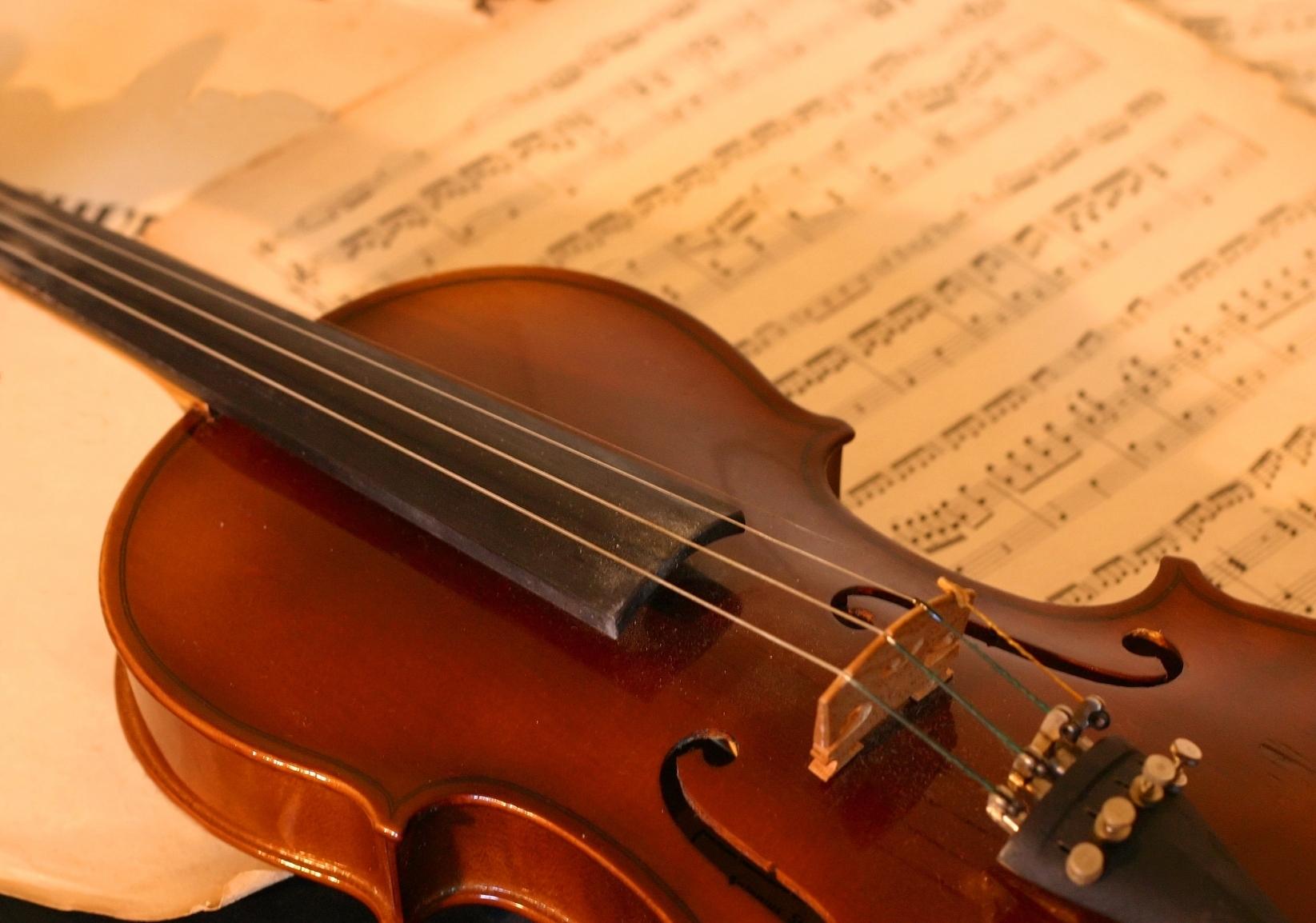 Musikinstrumente im Klassikweltshop